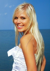 Amazing mail order bride Alena, 26 yrs.old from Odessa, Ukraine