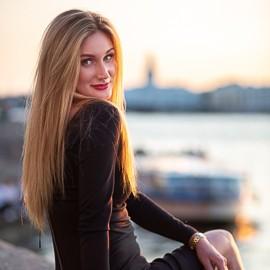 Beautiful bride Svetlana, 33 yrs.old from Saint Petersburg, Russia