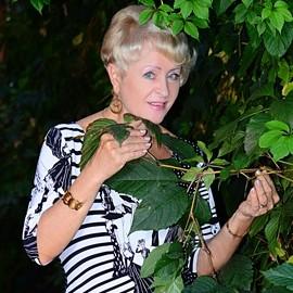 Nice woman Elena, 70 yrs.old from Berdyansk, Ukraine