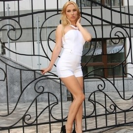 Nice mail order bride Svetlana, 32 yrs.old from Kiev, Ukraine
