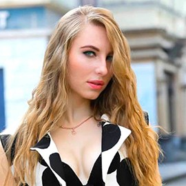 Gorgeous lady Ulia, 27 yrs.old from Sevastopol, Russia
