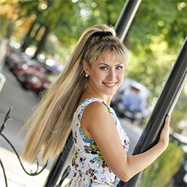 Gorgeous wife Marina, 39 yrs.old from Poltava, Ukraine
