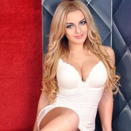 Hot wife Anna, 29 yrs.old from Donetsk, Ukraine
