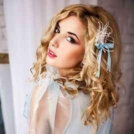 Hot wife Marina, 25 yrs.old from Kiev, Ukraine