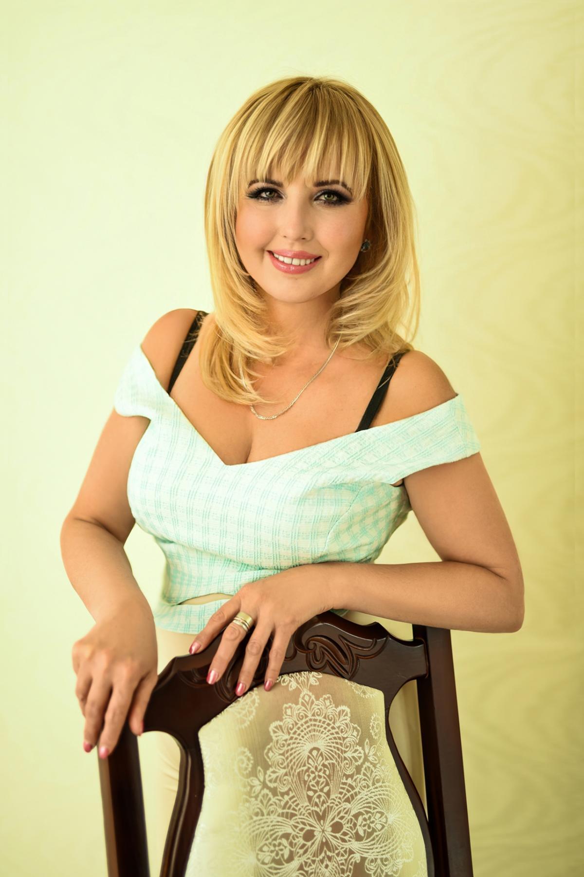 Brides mature russian Russian Brides