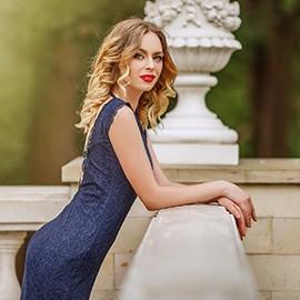 Amazing bride Kseniya, 25 yrs.old from Kishinev, Moldova