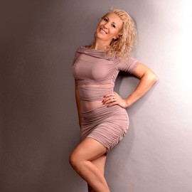 Nice bride Elena, 44 yrs.old from Kharkov, Ukraine