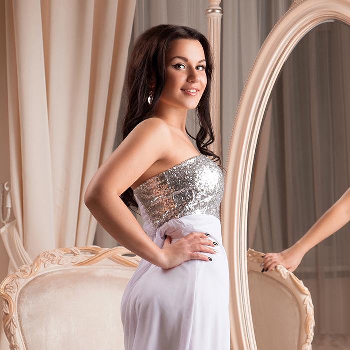 Beautiful wife Elizaveta, 25 yrs.old from Kiev, Ukraine