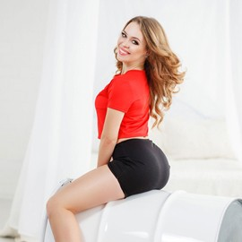 Gorgeous mail order bride Alyona, 28 yrs.old from Nikolaev, Ukraine