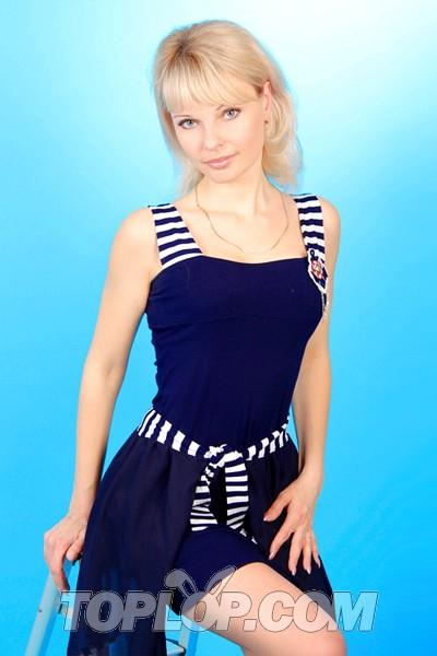 Single wife Anna, 30 yrs.old from Sumy, Ukraine: I am a
