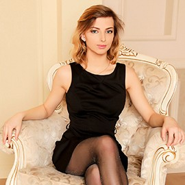 Single bride Elena, 21 yrs.old from Kiev, Ukraine