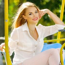 Nice girlfriend Yaroslava, 25 yrs.old from Poltava, Ukraine