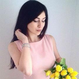 Single wife Christina, 25 yrs.old from Yaremche, Ukraine