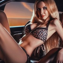 Pretty wife Nina, 25 yrs.old from St. Peterburg, Russia