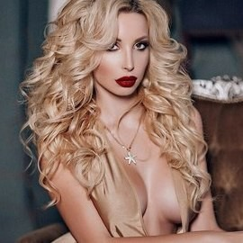 Gorgeous wife Nina, 24 yrs.old from St. Peterburg, Russia