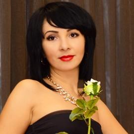Gorgeous lady Snezhana, 36 yrs.old from Berdyansk, Ukraine