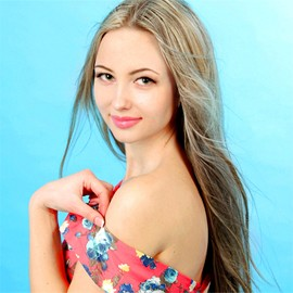 Gorgeous mail order bride Alyona, 24 yrs.old from Sumy, Ukraine