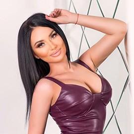 Charming wife Yana, 28 yrs.old from Kiev, Ukraine