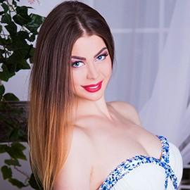 Charming lady Yuliya, 27 yrs.old from Vinnitsa, Ukraine