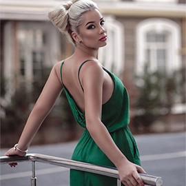 Amazing lady Alina, 19 yrs.old from Kiev, Ukraine