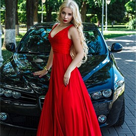 Single girl Alina, 19 yrs.old from Kiev, Ukraine