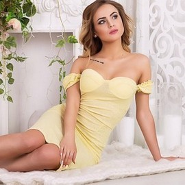 Gorgeous mail order bride Alika, 21 yrs.old from Kharkov, Ukraine