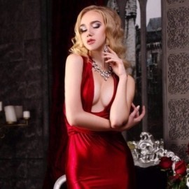 Beautiful mail order bride Anastasiya, 21 yrs.old from Odessa, Ukraine