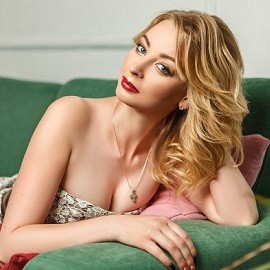 Gorgeous bride Valeriya, 29 yrs.old from Zolochiv, Ukraine