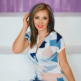 Gorgeous lady Ekaterina, 35 yrs.old from Nikolaev, Ukraine