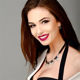 Single girl Yevgeniya, 21 yrs.old from Sumy, Ukraine