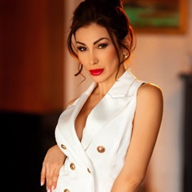 Nice wife Natalia, 37 yrs.old from Dnepr, Ukraine