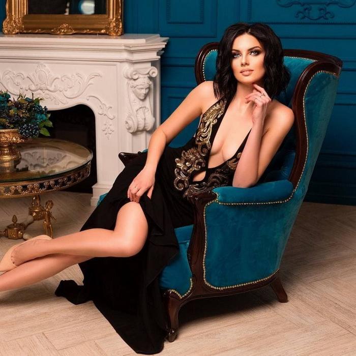 Sexy wife Viktoriya, 36 yrs.old from Gorlovka, Ukraine