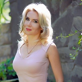 Pretty bride Elena, 38 yrs.old from Kharkiv, Ukraine