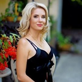 Nice lady Elena, 38 yrs.old from Kharkiv, Ukraine