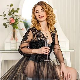 Gorgeous pen pal Alina, 36 yrs.old from Donetsk, Ukraine