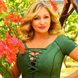 Charming lady Julia, 40 yrs.old from Berdyansk, Ukraine
