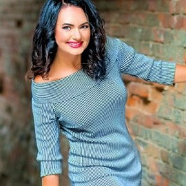 Nice wife Anna, 43 yrs.old from Dnipro, Ukraine