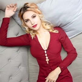 Pretty wife Alina, 25 yrs.old from Sumy, Ukraine