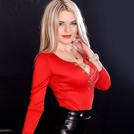 Single miss Aleksandra, 23 yrs.old from Rubizhne, Ukraine