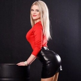 Pretty wife Aleksandra, 23 yrs.old from Rubizhne, Ukraine
