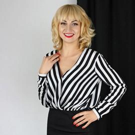 Hot lady Irina, 37 yrs.old from Nikolaev, Ukraine