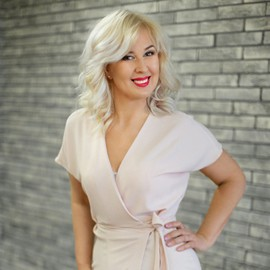 Single pen pal Anfisa, 47 yrs.old from Nikolaev, Ukraine