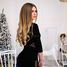 Hot bride Elena, 18 yrs.old from Odessa, Ukraine
