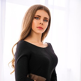 Pretty girl Elena, 18 yrs.old from Odessa, Ukraine