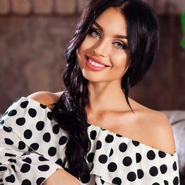 Charming lady Darina, 20 yrs.old from Dnepr, Ukraine