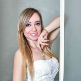 Pretty wife Olga, 35 yrs.old from Odessa, Ukraine