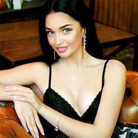 Gorgeous bride Irina, 23 yrs.old from Sumy, Ukraine