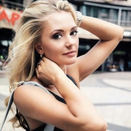 Charming girlfriend Anna, 36 yrs.old from Kiev, Ukraine