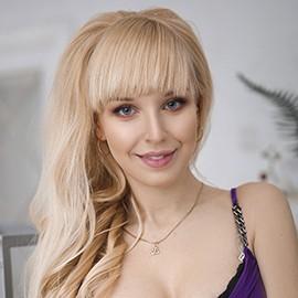 Beautiful woman Veronika, 23 yrs.old from Kharkov, Ukraine