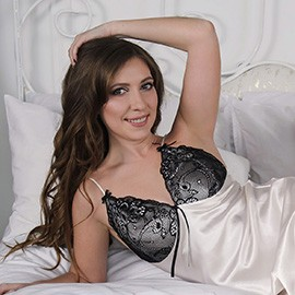 Single girl Valeriya, 32 yrs.old from Zaporozhye, Ukraine
